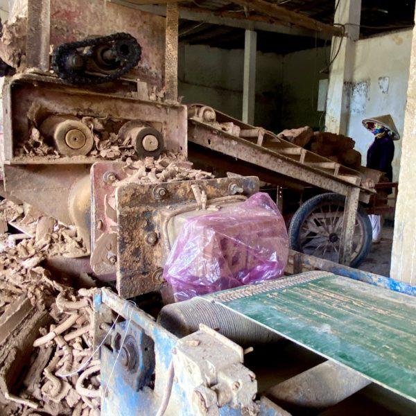 メコンデルタ地方 Sa Đéc のレンガ工場へ
